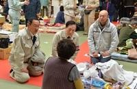 相馬市の避難所で2-thumb-240x158-thumb-200x131.jpg