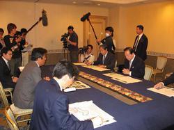 福岡県知事②.JPG