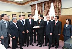 20121017財務大臣.jpg