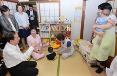 公明新聞 保育ママ 20170915.jpg